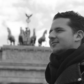 Freelance-Cameraman-Roemer-van-Oostenbrugge